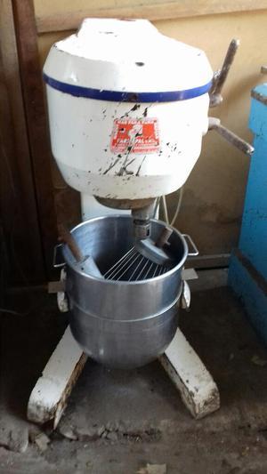 Una Batidora de Pasteles Industrial