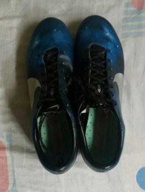 Zapatillas de fútbol profesionales Nike Mercurial CR7