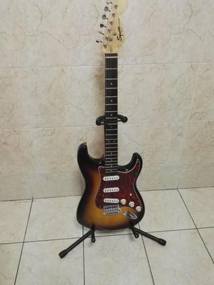 Guitarra electrica SQUIER FENDER Strat