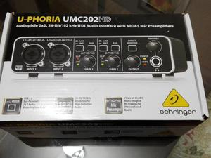 Interface Umc202Hd Behringer Diplomado de Pro tools