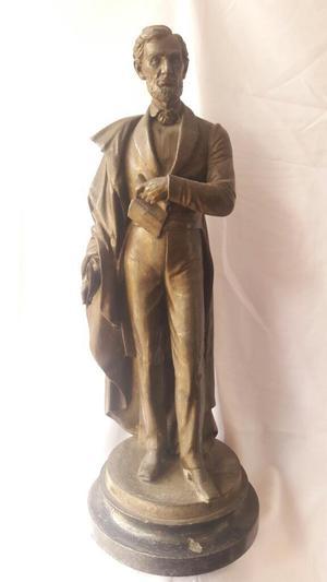 Abraham Lincoln. Gran Escultura Peltre