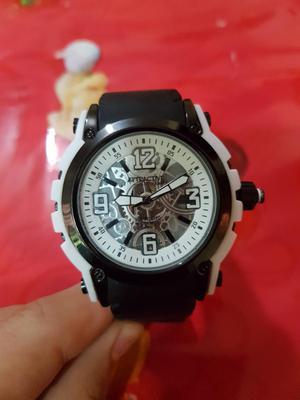 Reloj Attractive