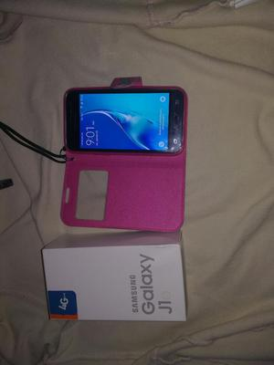 Vendo Celular Samsung J1 en Caja