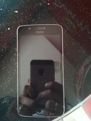 Vendo Moto G5 de 32gb Semi Nuevo 10 D 10