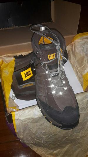 Vendo Zapatos Cat Nuevos en Caja