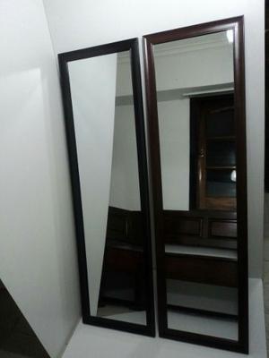 Modernos espejos con finos marcos de madera posot class for Espejos con marcos modernos