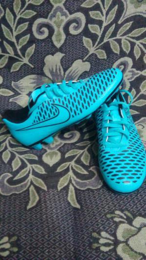 Chimpunes Nike Magista
