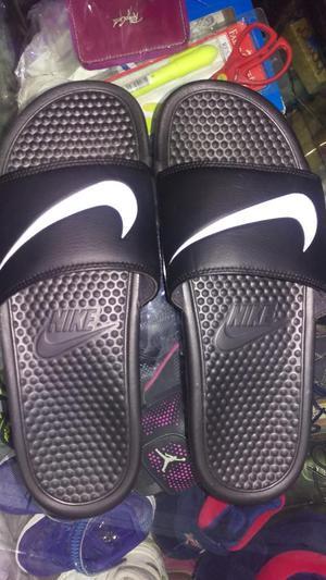 Sandalias Nike Playa