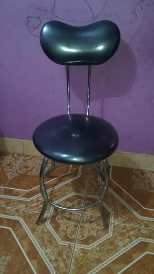 Mesita de vidrio para manicure mas silla en buen posot class for Sillas para manicure