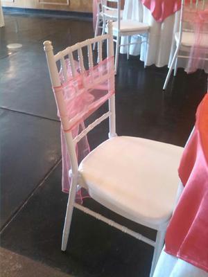 Vendo sillas metalicas para eventos posot class for Fabricantes sillas peru