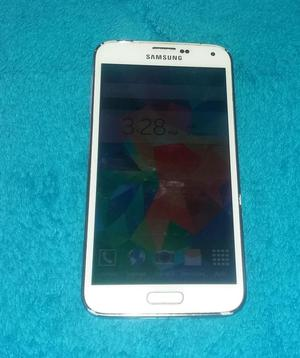 Samsung Galaxy S5 En Color Blanco En Buen Estado Liberado