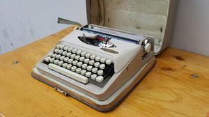 Antigua Maquina de Escribir Singer Made In Holland