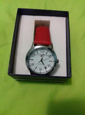 Vendo reloj Tommy Hilfiger para mujer nuevo original