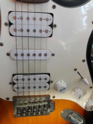 Guitarra Electrica Marca Fox en Venta