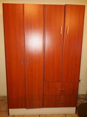 Ropero Armable 4 Puertas 2 Cajones
