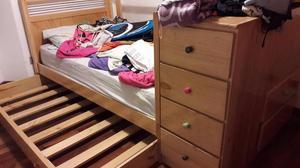 Cama desamable de madera 15 posot class for Cama doble con cama auxiliar