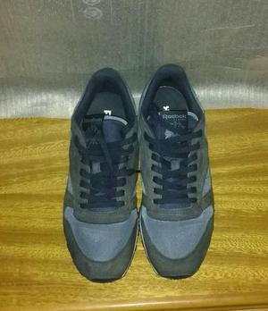 Vendo Cambio Zapatillas Reebok Clasic 42
