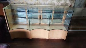 Vitrina con Vidrios Curvos de 6 Mm
