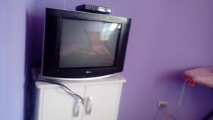 TELEVISOR TV LG, 21 PULGADAS REMATO.