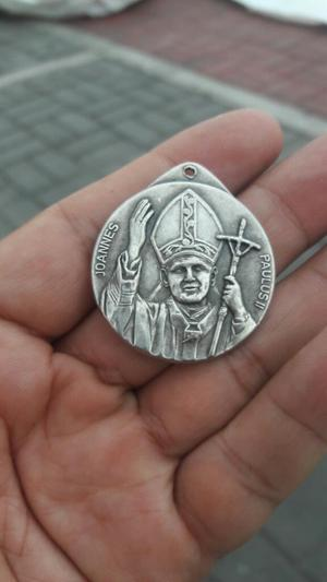Medalla con La Cara Del Papa Juan Pablo