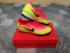 Vendo Zapatillas Deportivas Nike Magista