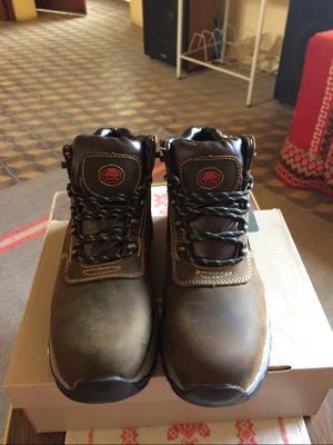 Zapatos de Seguridad Industriales Bata