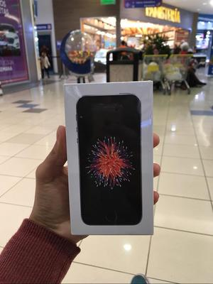 iPhone Se 32Gb Sellado 4G Libre