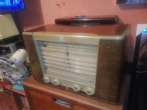 Antigua Radio Philips Funcionando