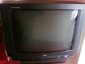 Tv 29 Pulgadas Lg y control Remoto ESTA PARA REPARAR