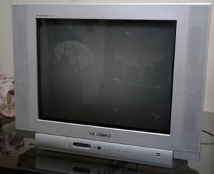 Televisor Daewoo 21 pantalla plana.
