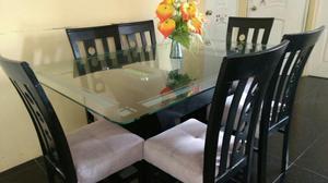 Comedor bonito para 8 personas semi nuevo posot class for Vendo sillas comedor