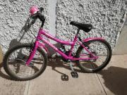 Bicicleta semi nueva para niña