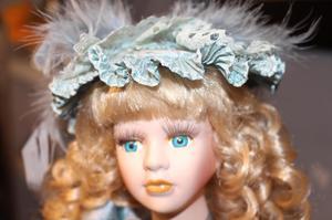 muñeca de porcelana Geraldine