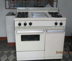 Cocina Inresa de 4 horillas y parrilla electrodomesticos