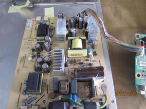 FUENTE Y MAINBOARD DE UN LCD MARCA DELL MOD FPT