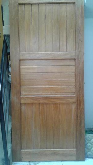Puertas de madera y dormitorio telf posot class for Puertas de madera para dormitorios
