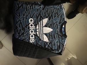 Polera Adidas Original Talla L