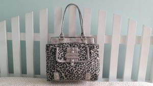 Cartera Guess, animal print, lona, usada 8/10