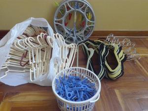 Remate total de ropa y ganchos para colgar ropa posot class for Ganchos metalicos para colgar ropa
