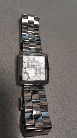 Reloj Unique Plateado