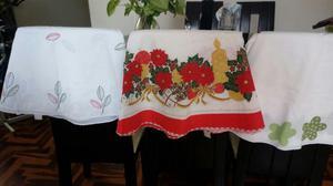 Vendo manteles largos de tela para mesa de comedor posot for Manteles para mesas redondas