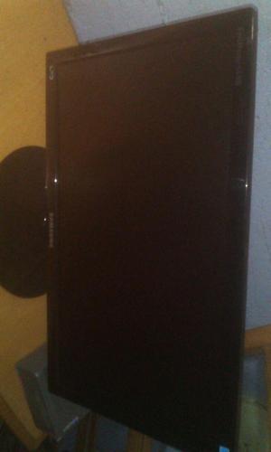 Oferta Monitor LED 19 Sumsung pulgadas en buen estado con