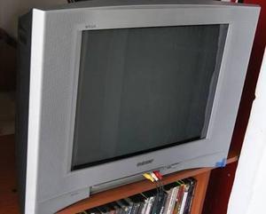 Remato televisor sony wega a solo 300 soles a tratar llama