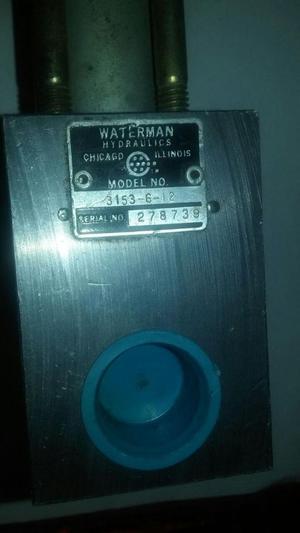 Valvula de pase de 1/2 npt 12 vdc Waterman hyd