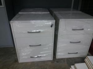 I muebles de oficina en metal y lima posot class for Proveedores de muebles de oficina