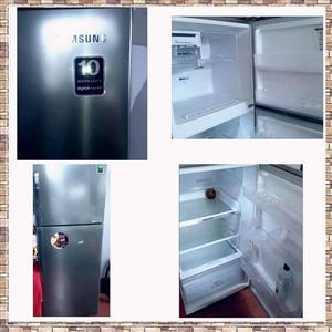 Refrigeradora Samsung Silver de 301 Lt