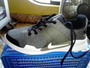 Remato Zapatillas Nike Nuevas en Caja