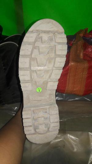 Vendo Zapatos Dialectricos