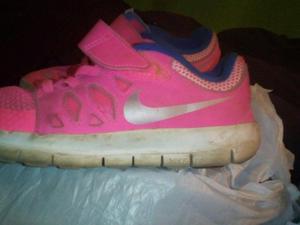 zapatillas nike originales para niñas vendo