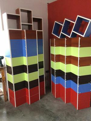 Repisa en forma de escalera posot class for Repisa escalera